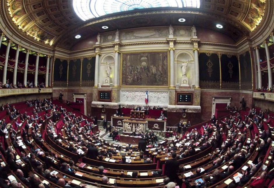 Fraude à la TVA et blanchiment : Les députés du Front de gauche font adopter leurs amendements.