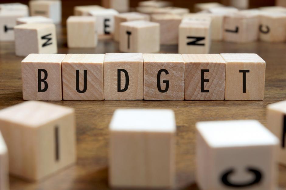 Un budget 2018 pour les riches et au service de la casse du modèle social français
