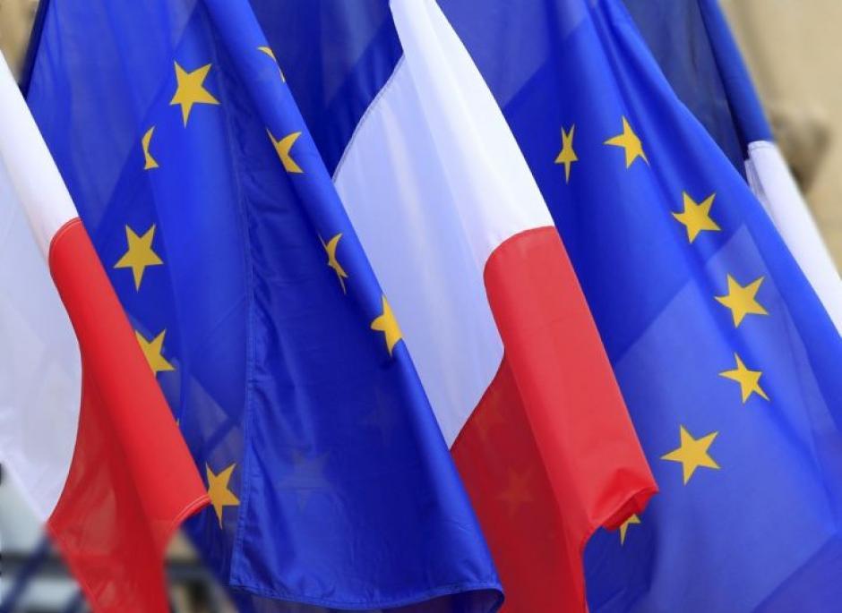 Le gouvernement suit à la lettre l'ordonnance empoisonnée de la commission européenne