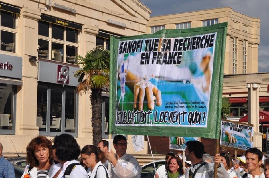 SANOFI-AVENTIS : Contre les suppressions d'emplois à Sanofi, face à l'inaction du gouvernement, le Front de Gauche 34 appelle à soutenir les salariés en lutte !