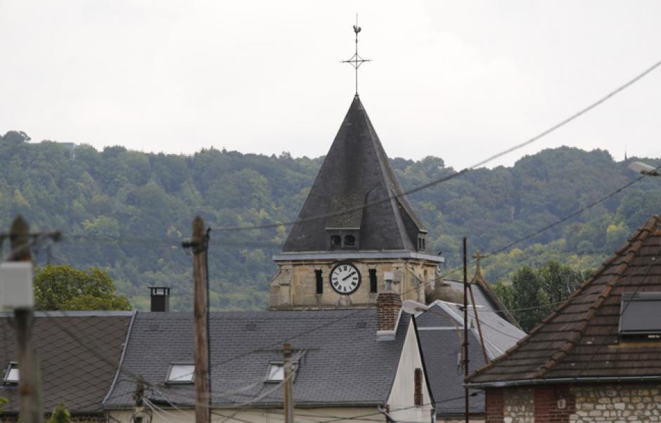 Horreur face au lâche et abominable assassinat du prêtre de Saint Etienne du Rouvray (Olivier Dartigolles)
