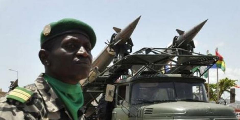 Mali : « L' intervention militaire française comporte de grands risques de guerre »