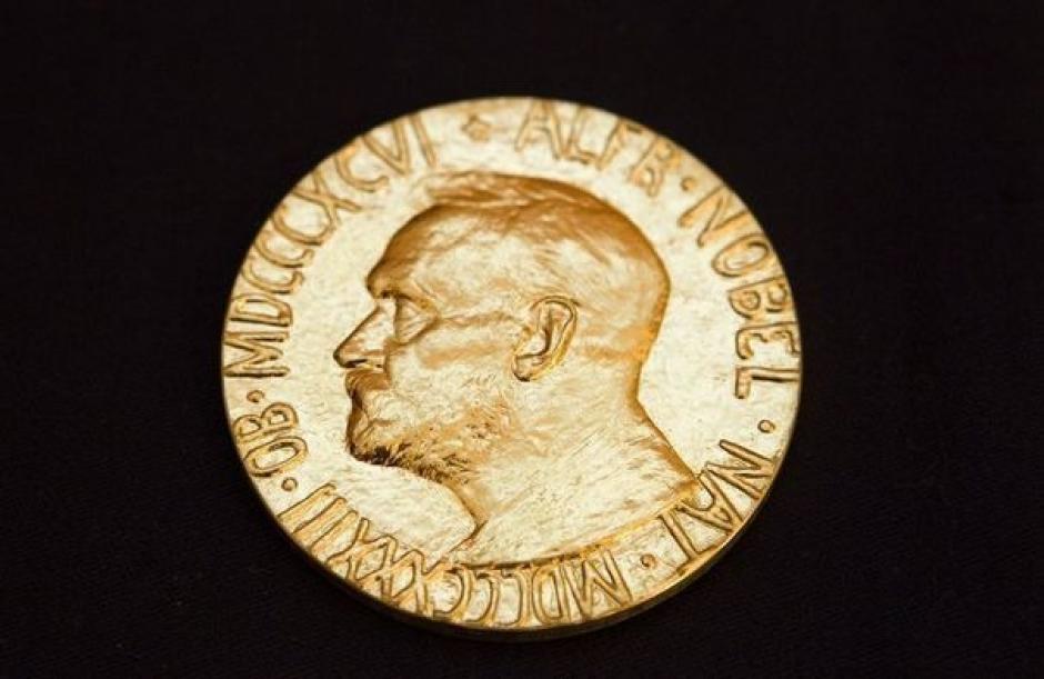 Nobel de la Paix à l'UE : « Est-ce de l'humour noir? » (Pierre Laurent)