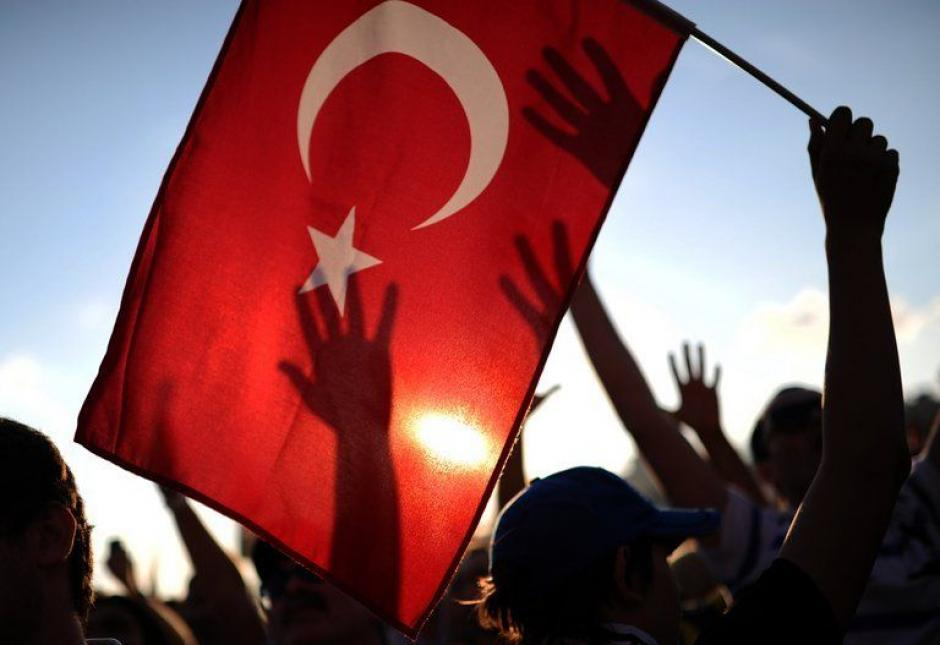 Turquie : le PCF renouvèle son soutien aux jeunes militants de la liberté à Istanbul