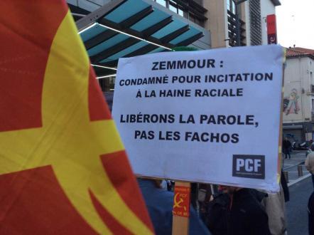 Plus de 200 biterrois pour dire non à la venue de Zemmour.